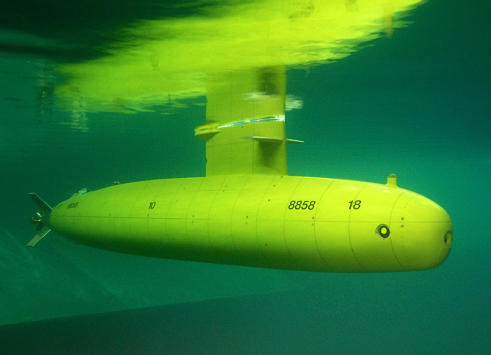 Submarine model.